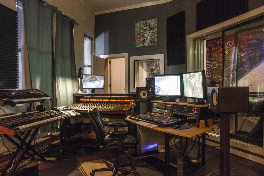 Inner-Recess-Studio-Control-Room.jpg